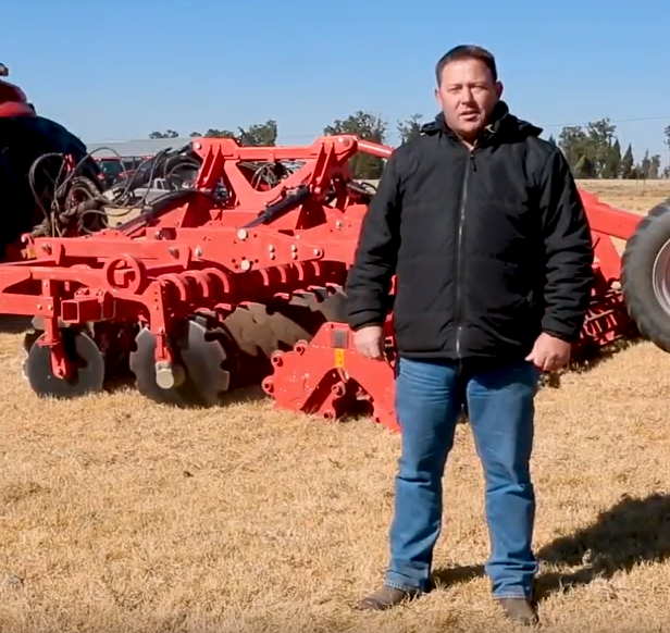 Marcel expands on the application of the Maschio Gaspardo UFO Disc Harrow