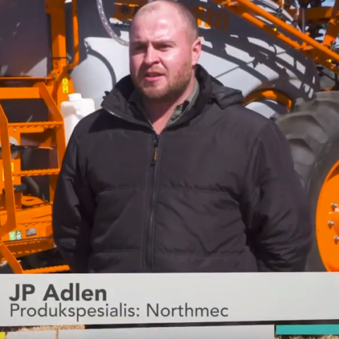 Learn more about the Jacto advance 3000 AM sprayer
